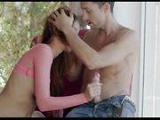 Красивый секс у окна - порно видео