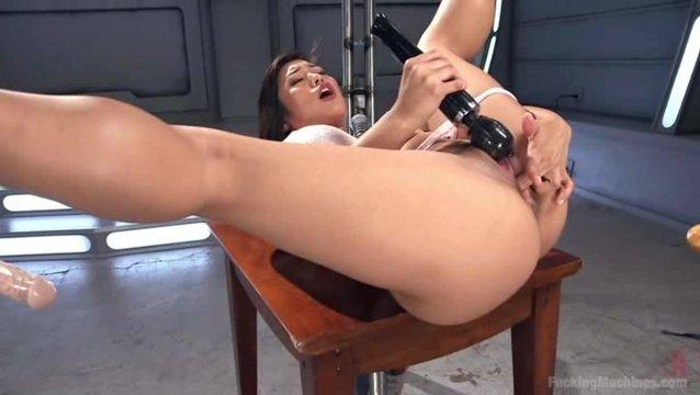 Секс видео двойной трах