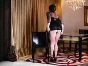 Красивая эротика женщины в корсете
