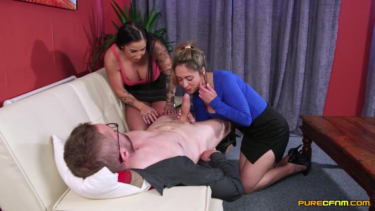 Смотреть порно дрочат мужики сваи члены а женщины мустурбируют себе фото 460-582