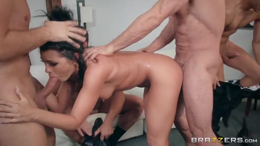Браззерс жосткий секс рука во рту фото 14-620