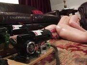 Двойное проникновение - брюнетка с секс машиной