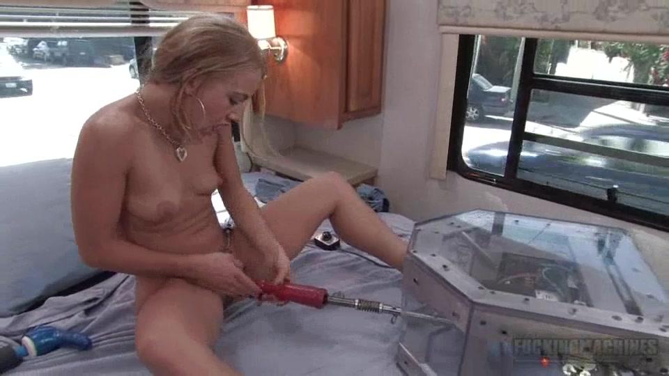мастурбация при помощи секс машин