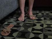 Брюнетка разделась перед камерой и занимается сексом на кастинге
