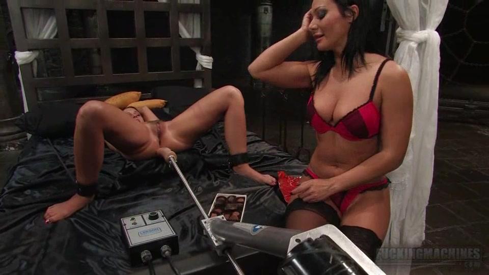 Порева от секс машины
