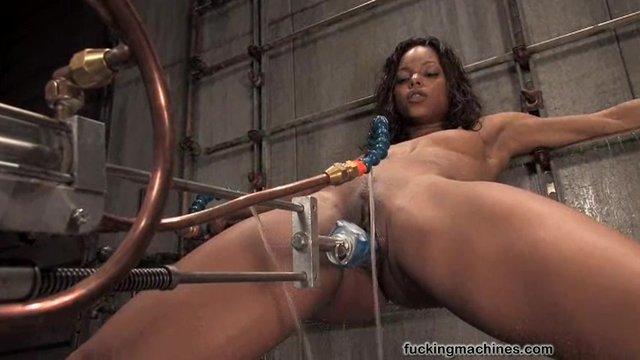 Лизбиянки и секс машина