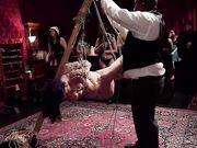 Секс вечеринка любителей БДСМ завершается многолюдной оргией с рабами
