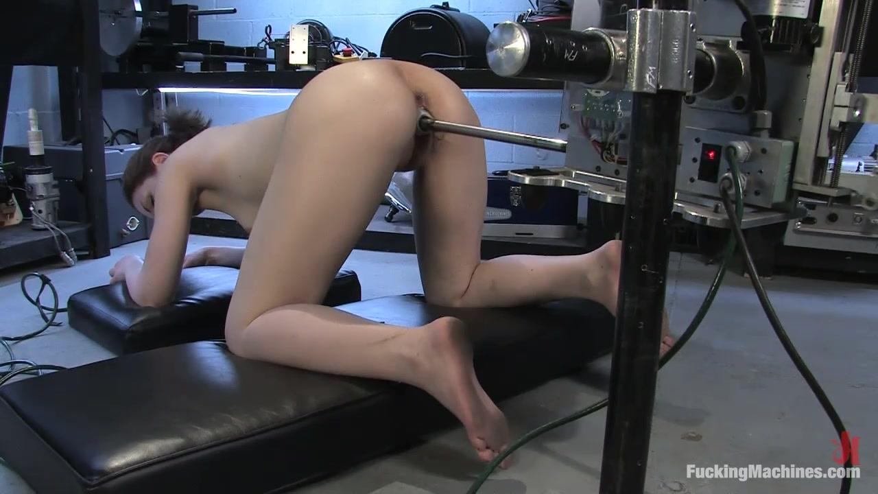 Megan Rain восхищается умениями партнера в анальном сексе