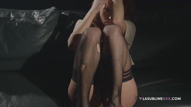 masturbatsiya-rizhey-krasavitsi