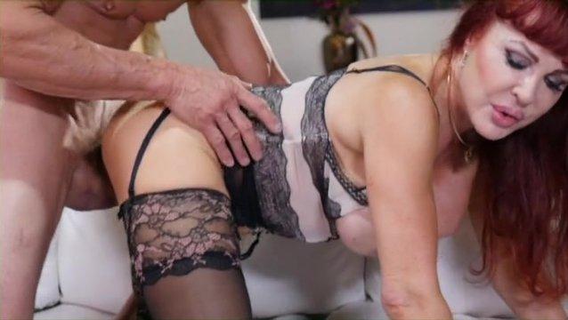 Секс сайт в чулках