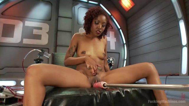 Негритянки секс шоу