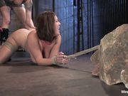 Сексуальная блондинка Lorelei Lee мучает связанную девушку Claire Dames