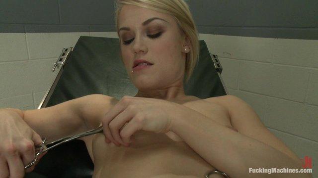 Какие фото телок на гинекологическом кресле порно