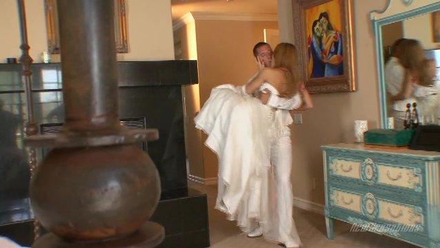 erotika-devushki-posle-svadbi