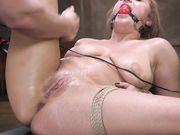 Сильная эякуляция от жесткого секс