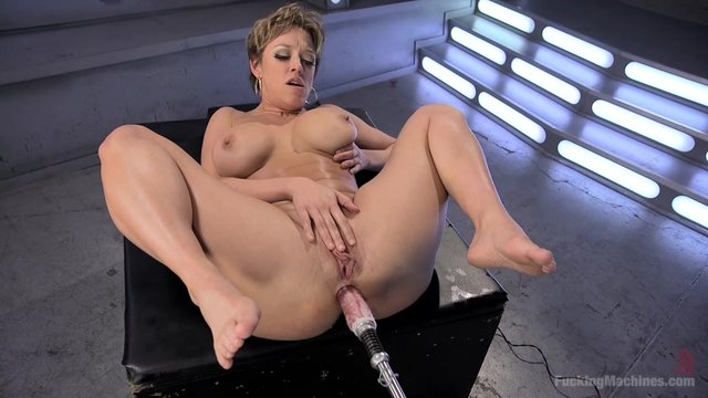 Секс со зрелой блондинкой анал