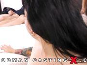 Mathilde Ramos имеют трое мужиков на кастинге в порно студии