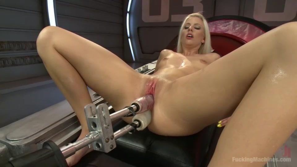 Порно сайты секс с машинами двойное проникновение фото 625-186