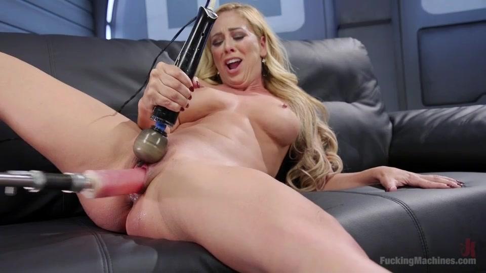 Секс машина довила до оргазма фото 114-893