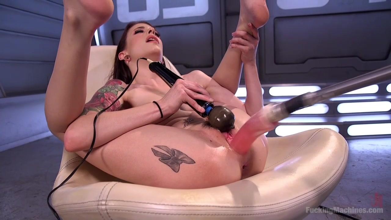 Получила удовольствие от секс машины