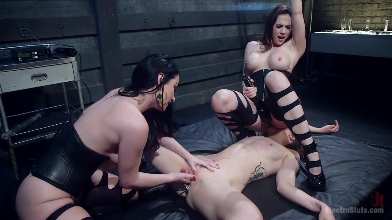 Порно с брюнеткой трёк фото 43-334