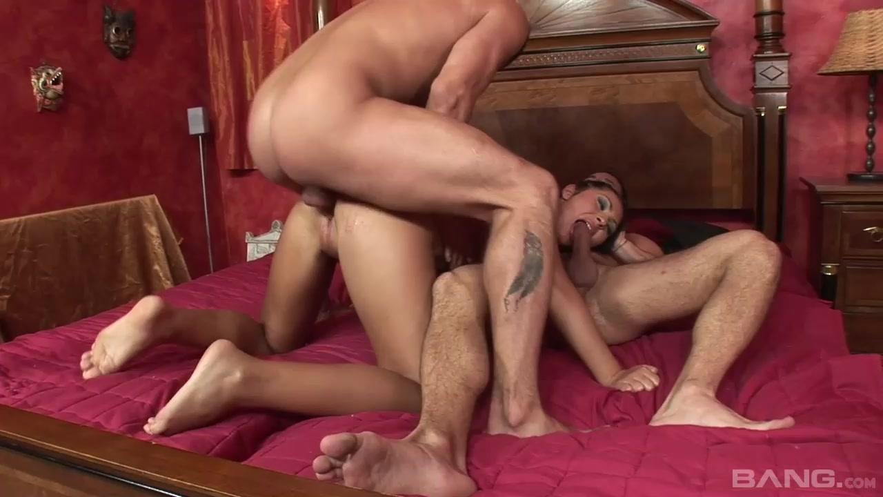Горячий секс с двумя мужчинами