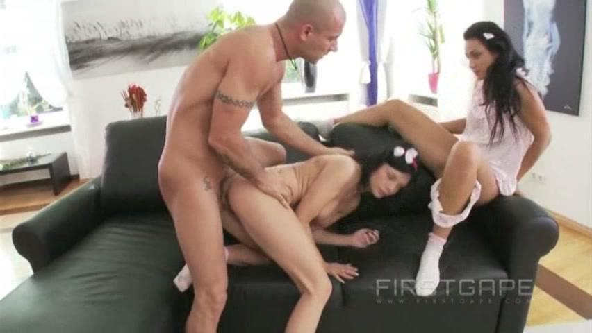 Секс брюнеток молодых фото 69-782