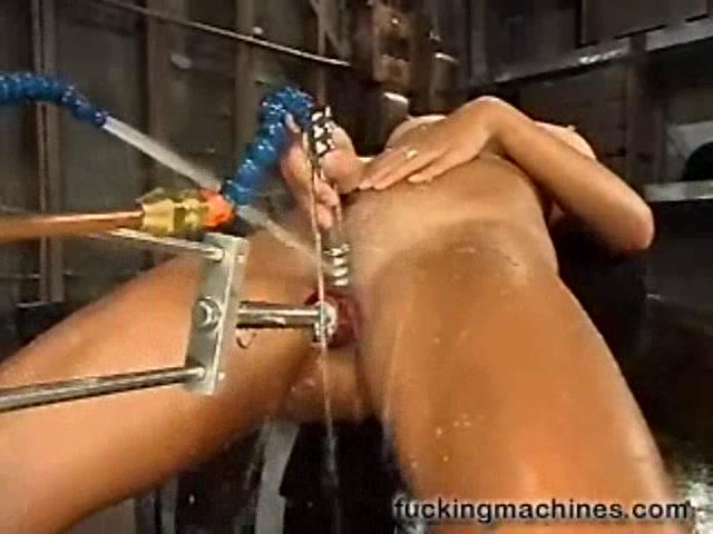 Категория секс машины видео мокрые фото 694-70